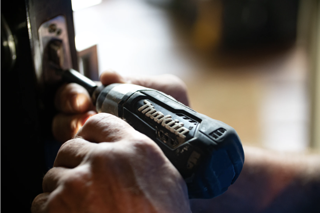 screwdriver repair maintenance