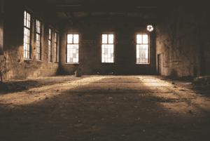 old building concrete deserted